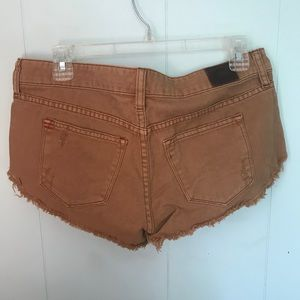 BDG Shorts - Urban Outfitters BDG distressed shorts size 27